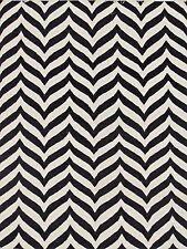 Hand-woven Moroccan Reversible Dhurrie Chevron Black/ Ivory Wool Rug 5X8