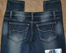NWT WOMAN'S ALMOST FAMOUS JEANS SIZE 7 SOFT, COMFY, CUTE