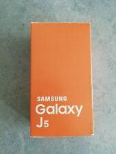 Samsung Galaxy J5 SM-J530F - 8 GB usato