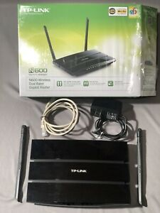 TP-Link N600 wireless dual-band gigabit router model TL-WDR3600 TPLink 300Mbps