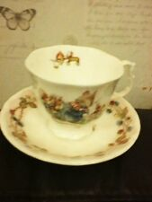 ROYAL DOULTON BRAMBLEY HEDGE THE BIRTHDAY CUP & SAUCER 9CM HIGH 7CM DIAMETER