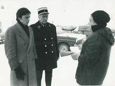 ALAIN DELON SIMONE SIGNORETLES GRANGES BRULEES 1973 PHOTO ORIGINAL #3