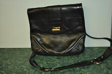 Kenneth Cole Flapover Daybag Messenger Tablet Case Casual Bag-Black Leather