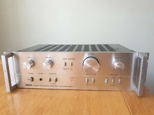 Akai Stereo Integrated Amplifier AM-2250 fully working