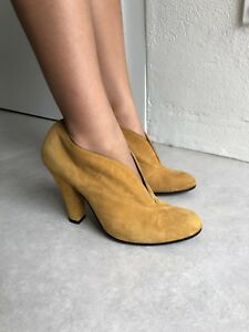Marc Jacobs Suede Leather Boots Size 37 (6.5)