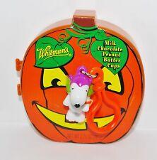 Whitman's 2013 Peanuts Halloween PUMPKIN CONTAINER w SNOOPY BATMAN KEY FOB CLIP