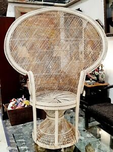 Vintage 1970s Stunning Wicker Rattan Peacock Chair 46x58  PICK UP ROSWELL GA