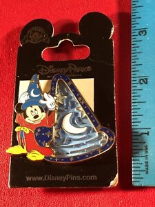 1 Disney Pin 3D Mickey Mouse Wizard Hat Maze Puzzle As Seen New on Card lot AD