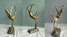 FA-7 Bronze Figur Turner Athlet mit Ring Sport groß Skulptur Mann akt modern RAR
