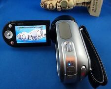 Samsung SC-MX20C Digital Camcorder - 4GB 34X Optical Zoom - Schneider Lens