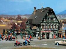 Vollmer N 47711 Gasthaus mit Metzgerei und Inneneinrichtung Bausatz +Neu+