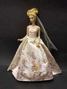 DISNEY CINDERELLA WEDDING DAY BRIDE DOLL LILY JAMES