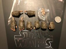 Hot Toys Star Wars Rogue One Jyn Erso Gloved Hands x 8 & Pegs loose 1/6th scale