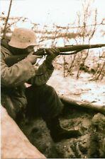 WW II   German   Photo  **  Soldier Shooting His  MAUSER K98   **