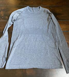 LULULEMON Women's Swiftly Tech crew long sleeve size 8 - Gray