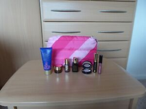 Estee Lauder 7-Piece Makeup & Skincare Gift Set With Bag, inc ANR Face and Eyes