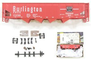 HO Athearn Burlington Route (CBQ) 42ft Quad Hopper Unassembled Kit