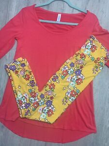 Disney Lularoe BNWT OS Mickey Flower Leggings W/Lynnae XS