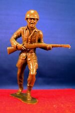 Green Action Figure Hard Rubber Army Soldier Walking Holding Gun