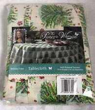 The Pioneer Woman Holiday Tree Tablecloth 70 inch Round Christmas 165843RD7 001