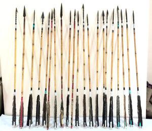 Feathers Lot of twenty wooden arrows modern reproduction