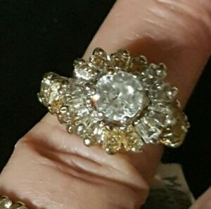 Vintage 1970's 18K HGE Yellow Gold Cubic Zirconia Cluster Ring Size ?