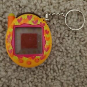 Tamagotchi Connection Keitai Akai Pink Hearts - Read Description!