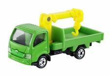 Takara Tomy Tomica No.37 Hino Dutro Truck Crane (Box) New from Japan F/S