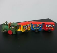 Retro Metal Western Zig Zag Train Wind-up Toy - Cute! Russ Berrie Works