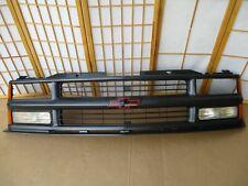 94-99 Chevy Blazer Z71 Pickup Truck BLACK Front Header Panel Clip Grille Emblem