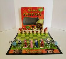 Shrek Chess Game 32 Hand Painted Pieces 2004 Dreamworks ( Good Condition )