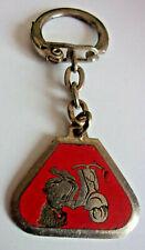 porte clés METAL / EMAILLE vintage : VESPA