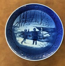 Beautiful Royal Copenhagen 1987 Collectible Holiday Plate
