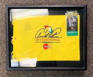 Signed Phil Mickelson Flag Arnold Palmer Invitational 2011 Autograph in Frame