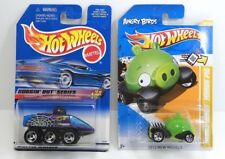 Hot Wheels Lot of 2 Buggin Out Radar Ranger Purple '98 Angry Birds Minion Pig 12