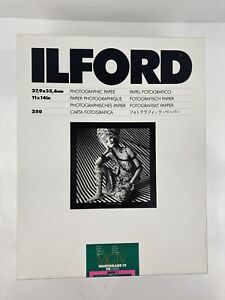 Ilford 11x14 in. Glossy MGIV FB Fiber MGF.1K Photo Paper over 16 pounds *1833599