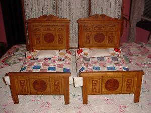Vintage VICTORIAN DOLL BED w/Handmade Bedding, Lithograph on Oak/Ash/Chestnut