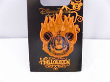 Disney * HALLOWEEN * FLAMING PUMPKIN * Orange Sparkle Trimmed Holiday Pin