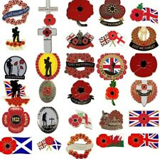 LEST WE FORGET POPPY PIN BADGE  Military Badge.