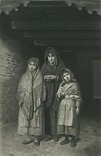 ANTIQUE CHARITY POOR CHILDREN MOTHER CHILD GIRL IN NEED ARTIST LUIGI MION PRINT