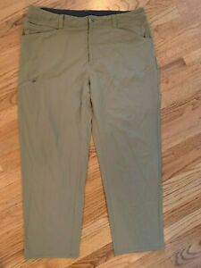 Patagonia Nylon Tan Pants Size 40 Outdoor Hiking Zip Fly Lightweight Beige