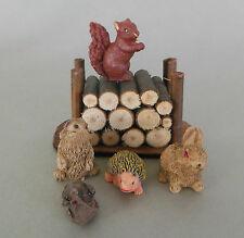 Holzstoß ca. 4 cm  mit 5 Tieren f. Krippenfiguren Größe 11 - 12 cm   Nr. 101