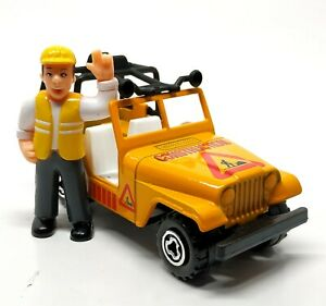 Majorette Jeep Willy Construction Yellow with Figure 7300 Series 1/46 4 inches