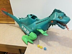GREAT BATTERY OPERATED 1960'S KING ZOR THE DINOSAUR BY IDEAL