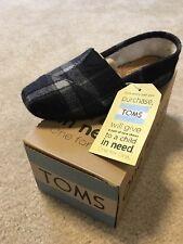 NWT NIB New Toms Women's Size 5.5 Classic Wool Lined Grey Black Check Plaid