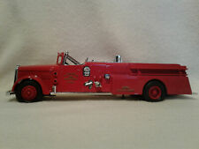 Ertl B492 Dyersville 1955 Ward La France Fire Truck Bank