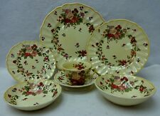 ROYAL DOULTON china WILDFLOWER D5273 pattern 7-piece Place Setting -fruit cereal