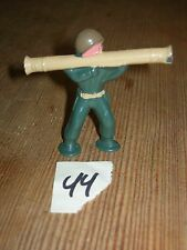 ca 1960'S BARCLAY DIMESTORE LEAD TOY SOLDIER WITH BAZOOKA #44