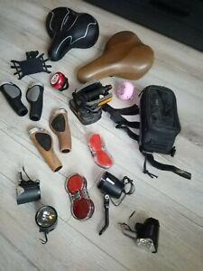 Fahrradteile Konvolut Griffe, Sättel, Lichter, Pedalen, usw.