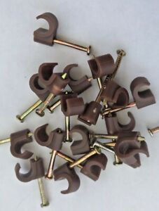 Tower Round Brown Cable Clips 6-7mm with Fixing Nails - Packs of 100